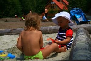 пісочниця діти