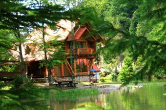 «Озеро VITA» — в тройке лидеров среди лучших туристических комплексов