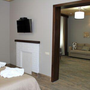 Новий готель –  сімейний напівлюкс двокімнатний 3