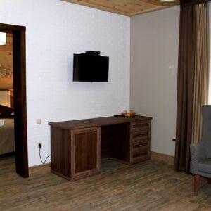 Новий готель –  сімейний напівлюкс двокімнатний 5