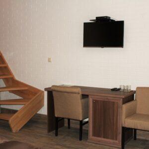 Новий готель –  покращений сімейний напівлюкс (дворівневий) 2