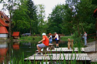 Отдых с рыбалкой в нашем комплексе